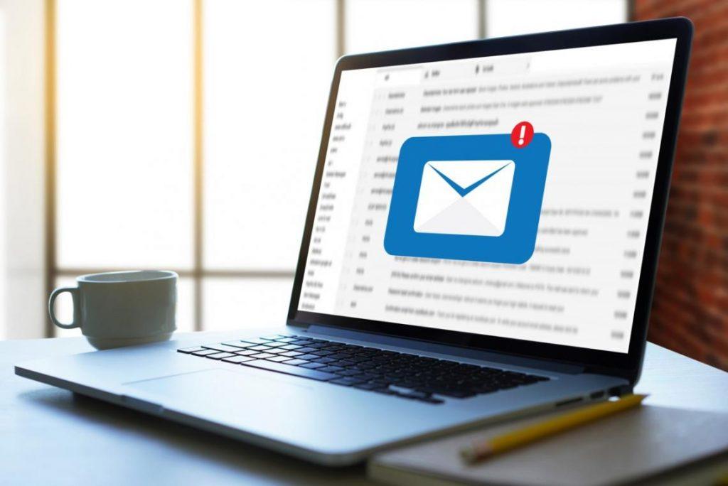Envío masivo de emails para atraer posibles clientes